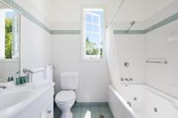 Apartment 7 bathroom